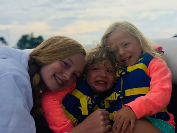 Tina's three daughters