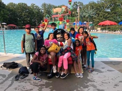 Kids on summer field trip